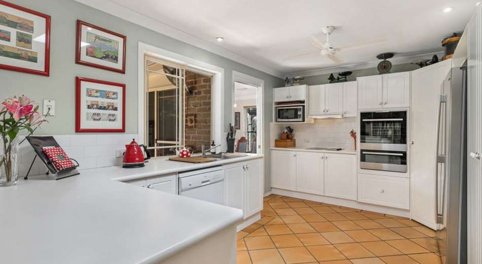 29 Gibson Crescent, Bellbowrie QLD 4070