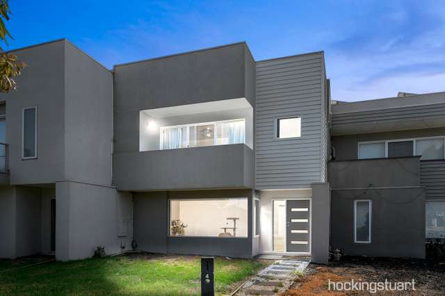 4 Whitetop Drive, Point Cook VIC 3030