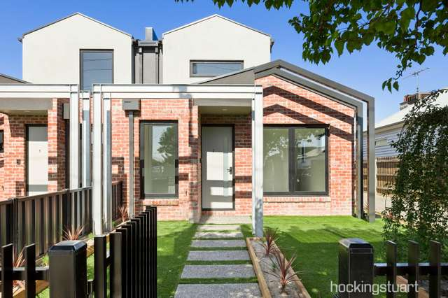 2/99 Gamon Street, Seddon VIC 3011