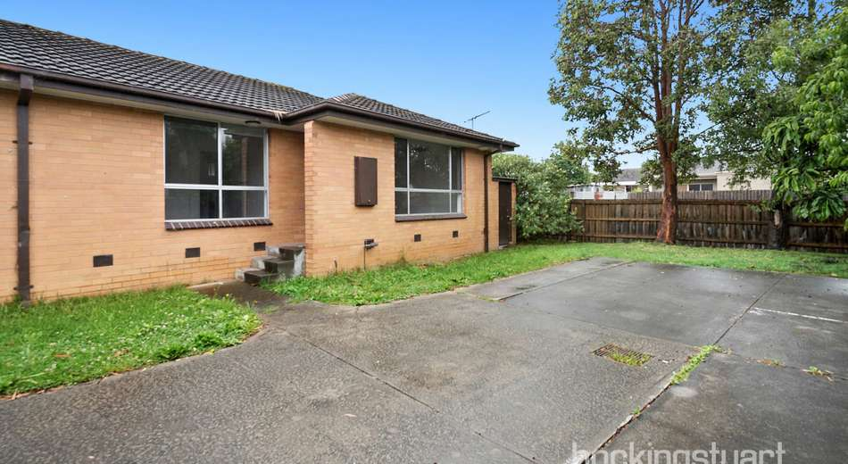 4/11 Dunolly Crescent, Reservoir VIC 3073