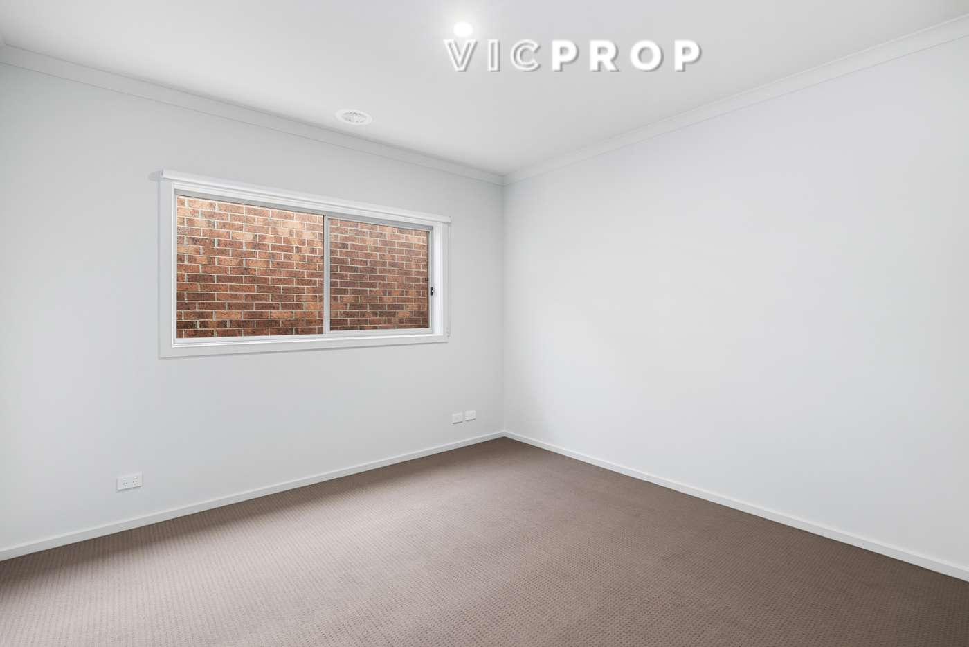 Seventh view of Homely house listing, 8 Gunnersbury Road, Wyndham Vale VIC 3024
