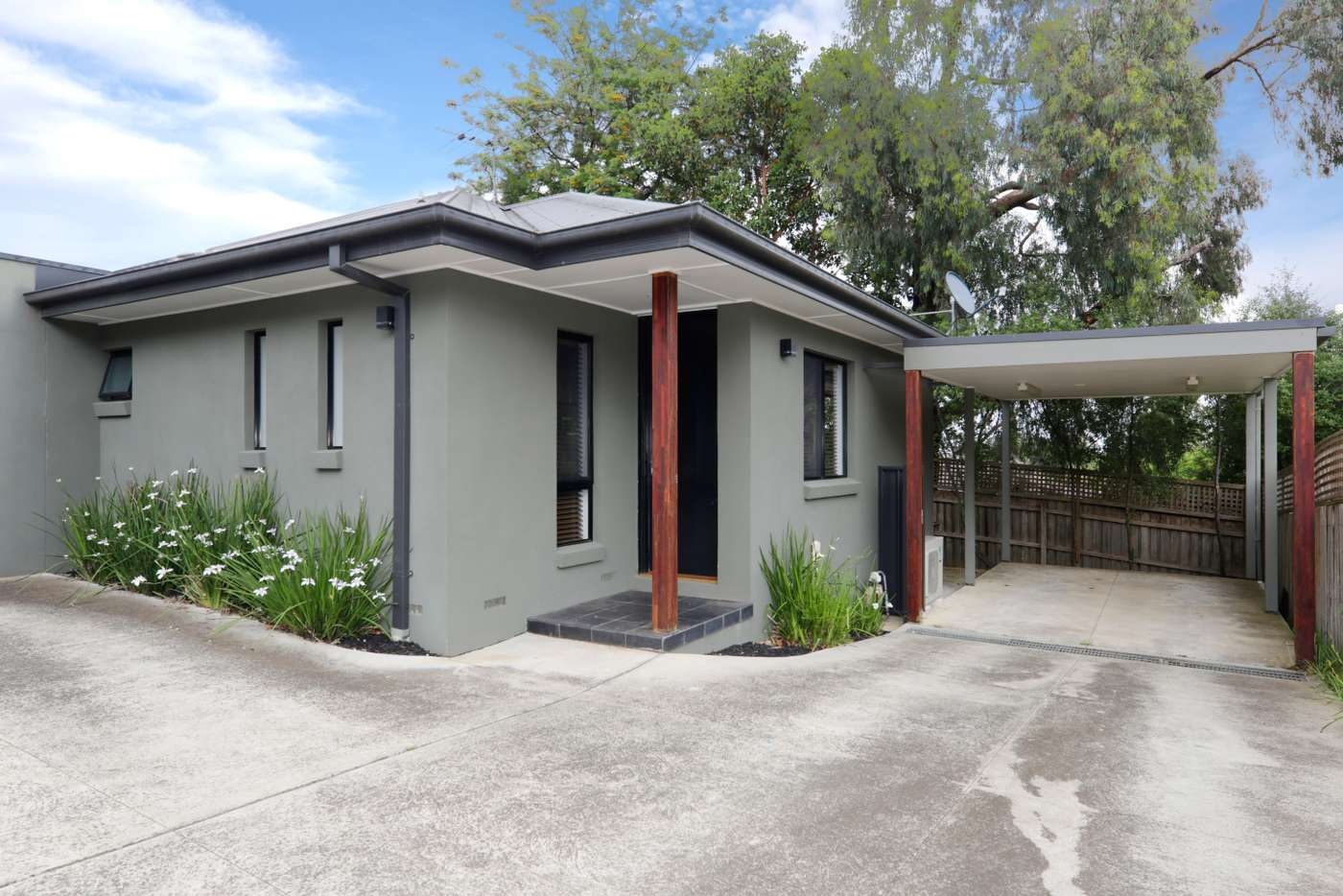 Main view of Homely unit listing, 2/15 Dion Street, Doncaster VIC 3108