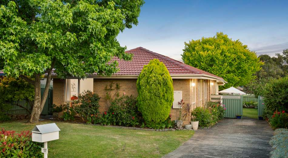 17 Holbein Court, Scoresby VIC 3179