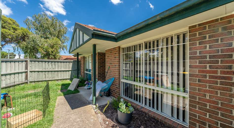 35 Barry Street, Seaford VIC 3198