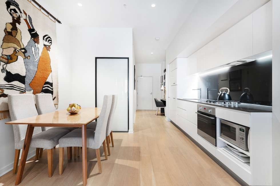 Third view of Homely apartment listing, 611/199 William Street, Melbourne VIC 3000