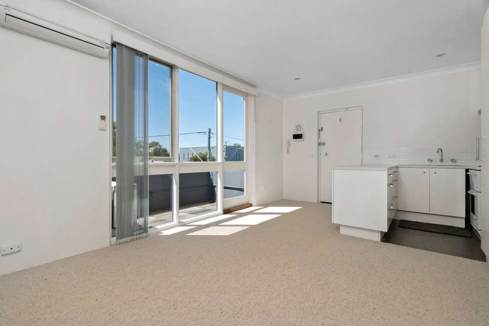 Second view of Homely apartment listing, 4/24 Foote Street, Albert Park VIC 3206
