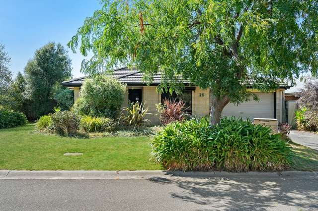 25 Hutchins Park Close, Mornington VIC 3931