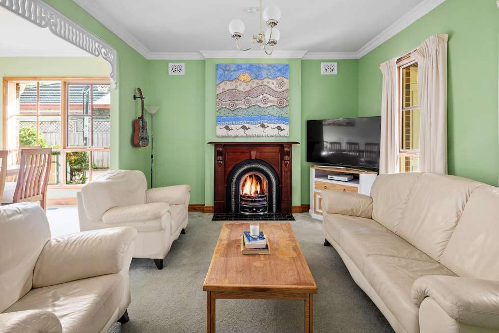 Fourth view of Homely house listing, 18 Grant Close, Berwick VIC 3806