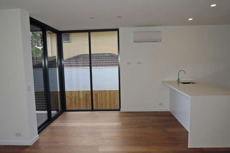 Fourth view of Homely apartment listing, 3/965 Doncaster Road, Doncaster East VIC 3109