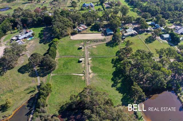 12 Coopers Road, Macclesfield VIC 3782