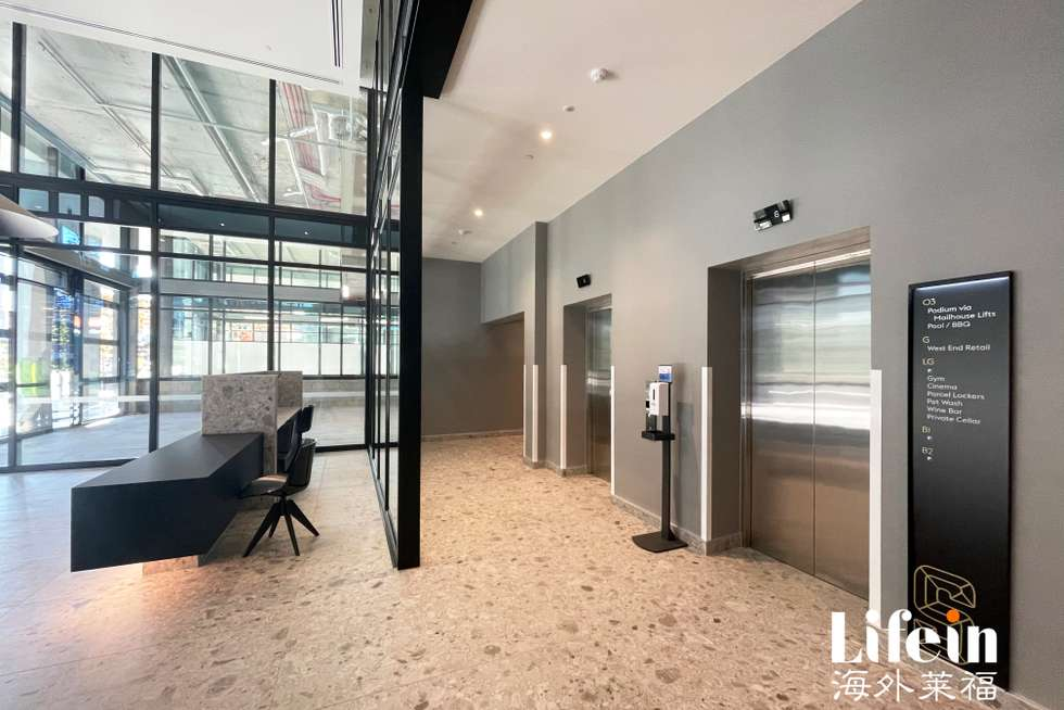 Second view of Homely apartment listing, 5903/185 Rosslyn Street, West Melbourne VIC 3003