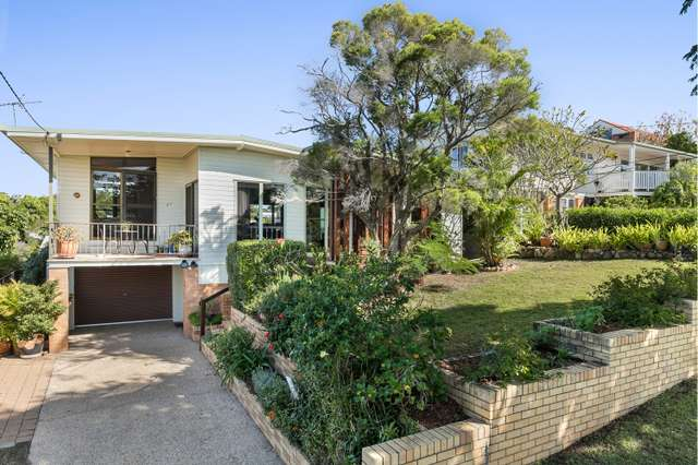 27 Wongabel Street, Kenmore QLD 4069