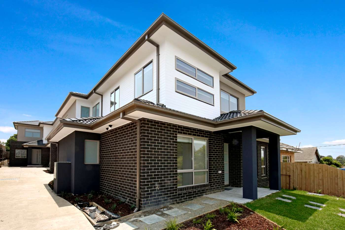 Main view of Homely townhouse listing, 1/118 Nell Street, Greensborough VIC 3088