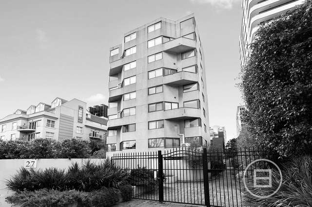 45/27 Queens Road, Melbourne VIC 3004