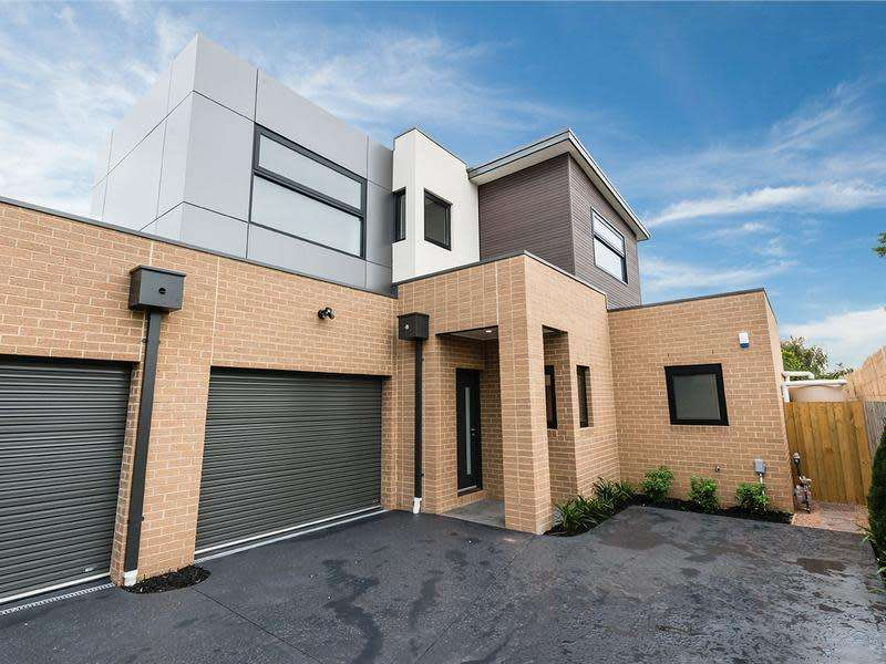 Main view of Homely townhouse listing, 4/24 Lorna Street, Cheltenham, VIC 3192