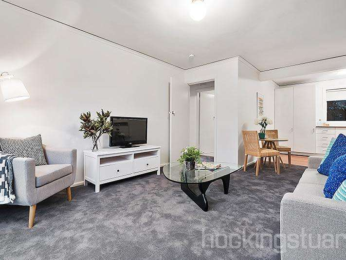 Main view of Homely unit listing, 1/35 Collins Street, Mentone, VIC 3194