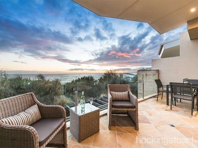 Main view of Homely townhouse listing, 10/2-4 Groves Street, Aspendale, VIC 3195
