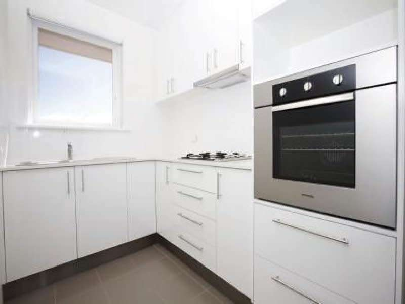 Main view of Homely apartment listing, 10/94 Beach Road, Mentone, VIC 3194
