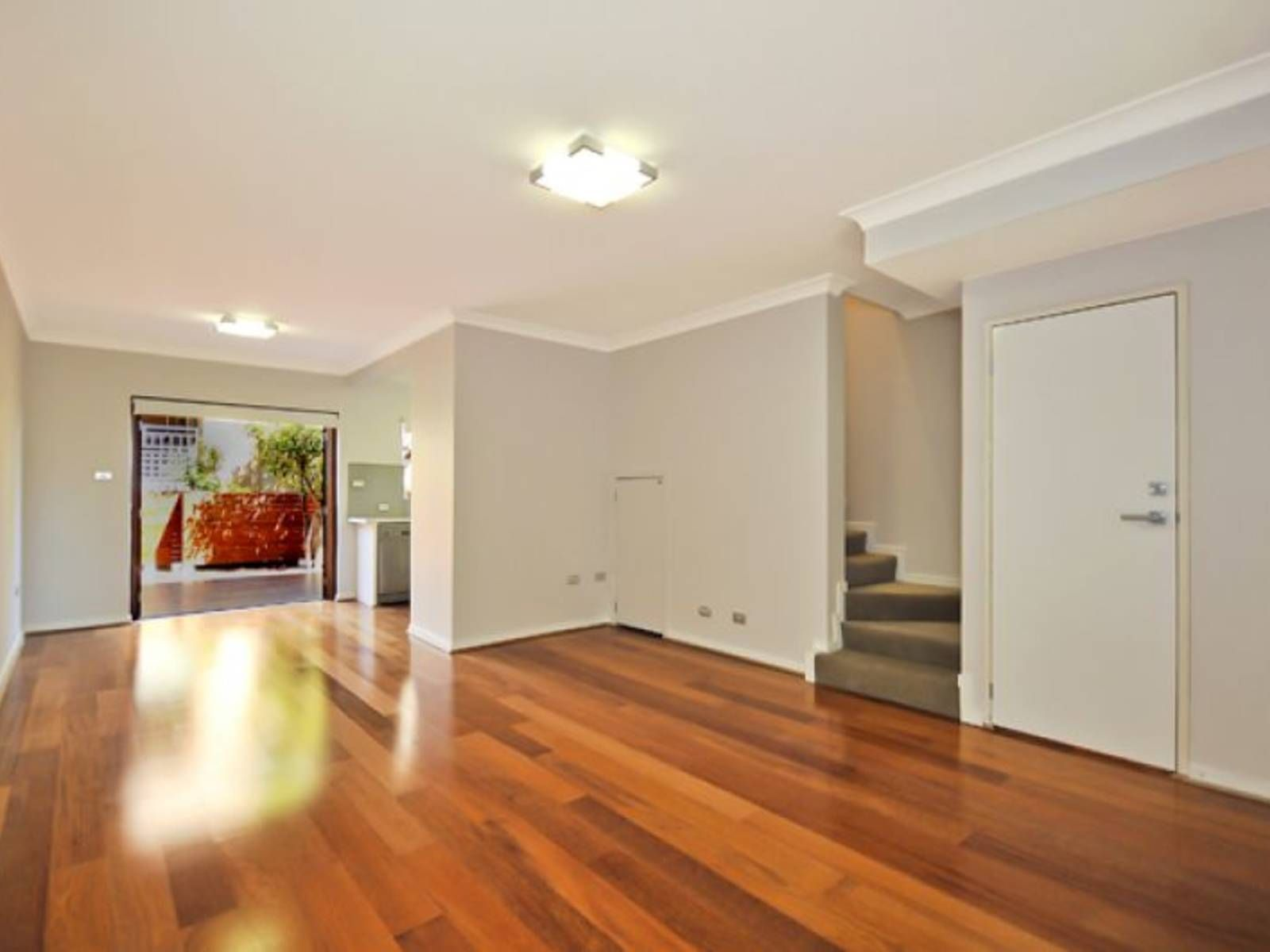 11/473 Willoughby Road