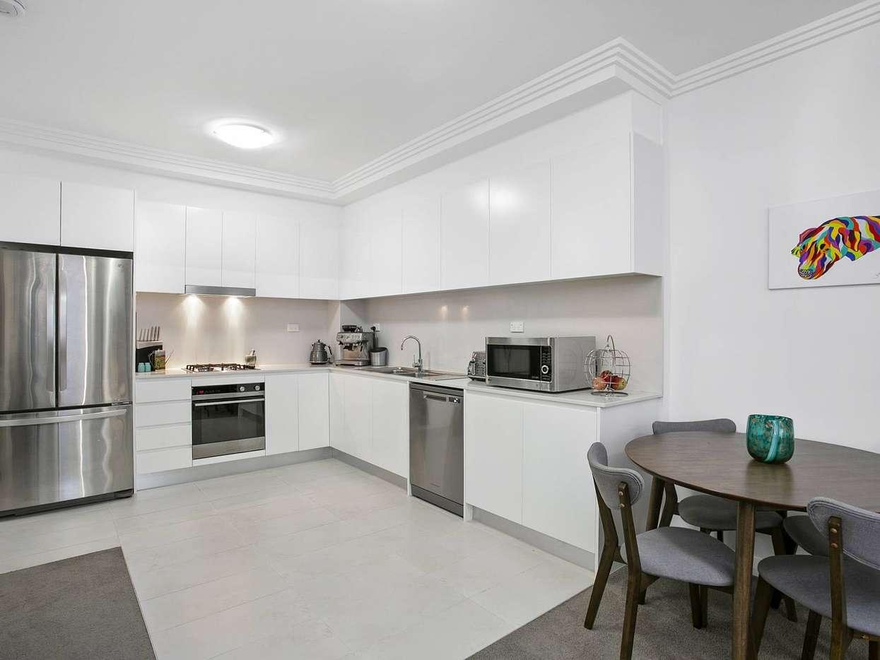 15 285 287 condamine street manly vale nsw 2093 for rent. Black Bedroom Furniture Sets. Home Design Ideas