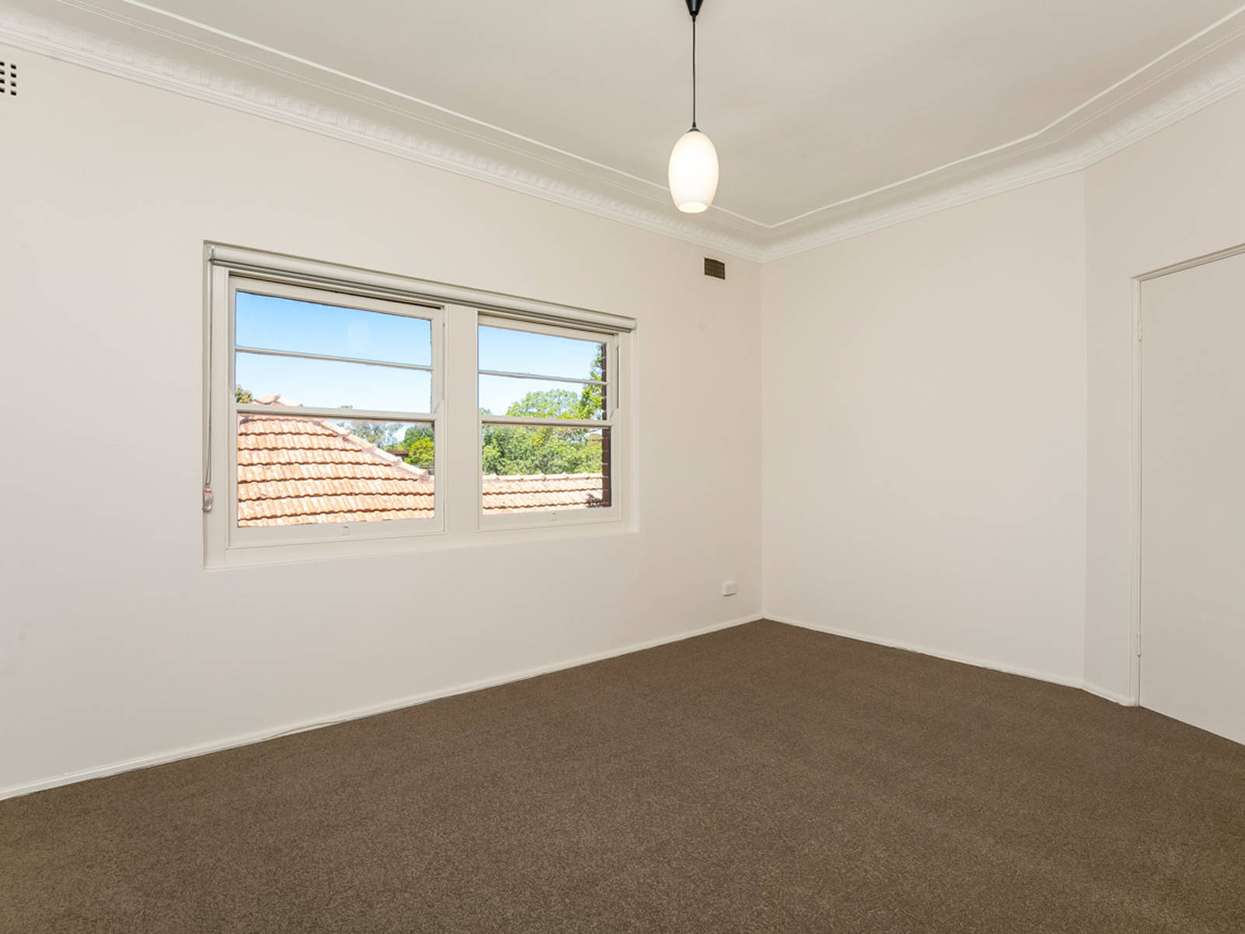 Main view of Homely unit listing, 3/136 Burlington Street, Crows Nest, NSW 2065