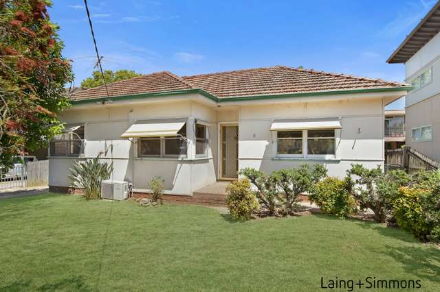 8 Hopkins Street, Wentworthville NSW 2145