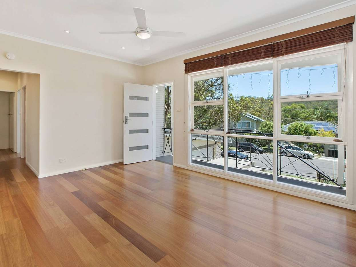 Main view of Homely semidetached listing, 1/16 Lillihina Avenue, Cromer, NSW 2099