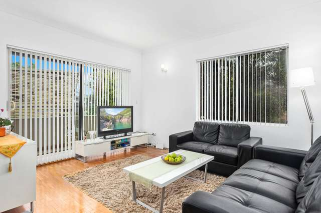 1/55 Hampton Court Road, Carlton NSW 2218
