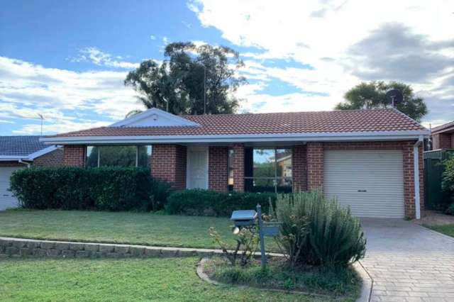 4 Nagle Way, Quakers Hill NSW 2763