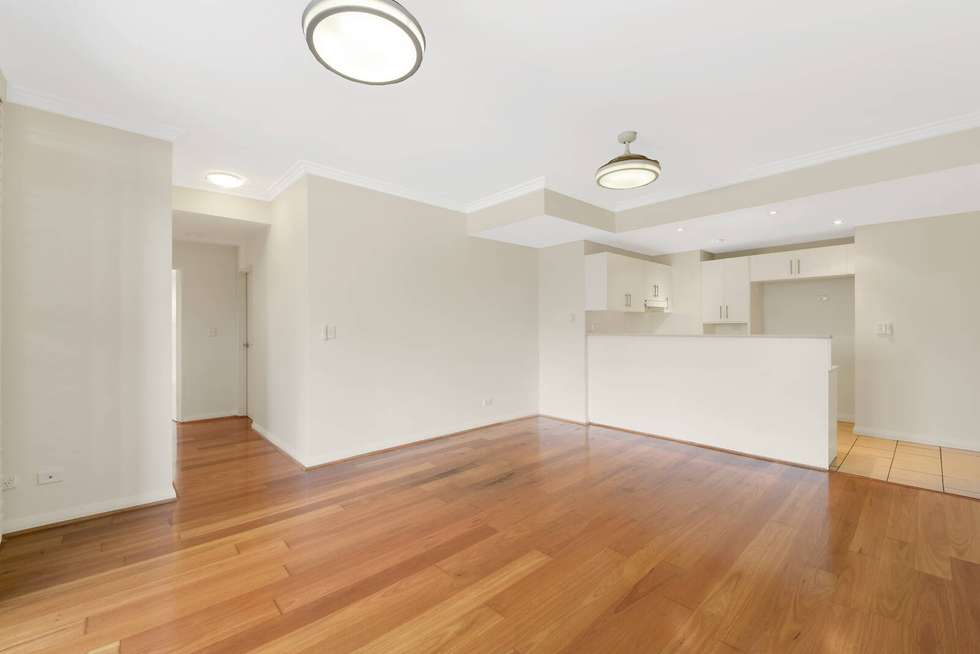 Third view of Homely apartment listing, 32/24-28 College Crescent, Hornsby NSW 2077