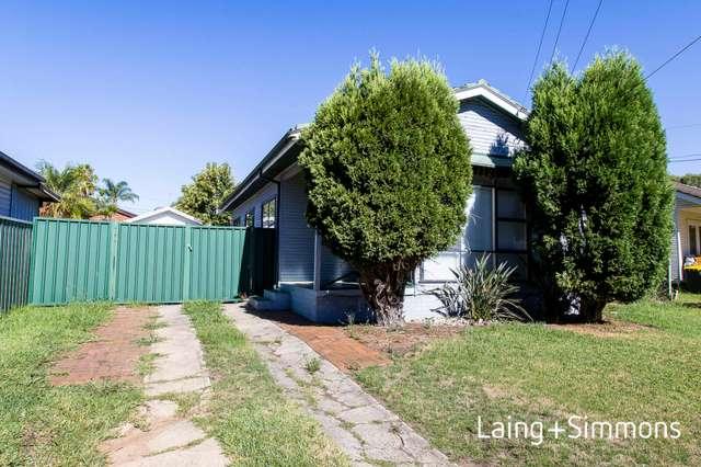 18 Burdett Crescent, Blacktown NSW 2148