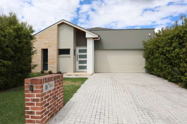 4 Bond Place, Kellyville NSW 2155