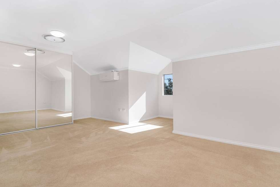 Fourth view of Homely unit listing, 10/11 Whitton Road, Chatswood NSW 2067