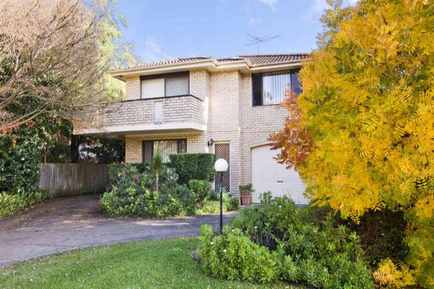 Main view of Homely unit listing, 2/5 Park Avenue, Waitara NSW 2077