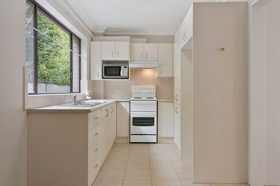 Second view of Homely unit listing, 2/5 Park Avenue, Waitara NSW 2077