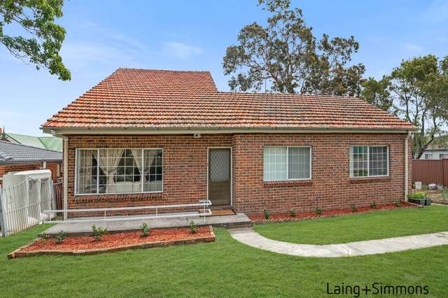 84 Bungaree Rd, Toongabbie NSW 2146