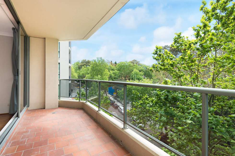 Fifth view of Homely apartment listing, 401/37-39 McLaren Street, North Sydney NSW 2060