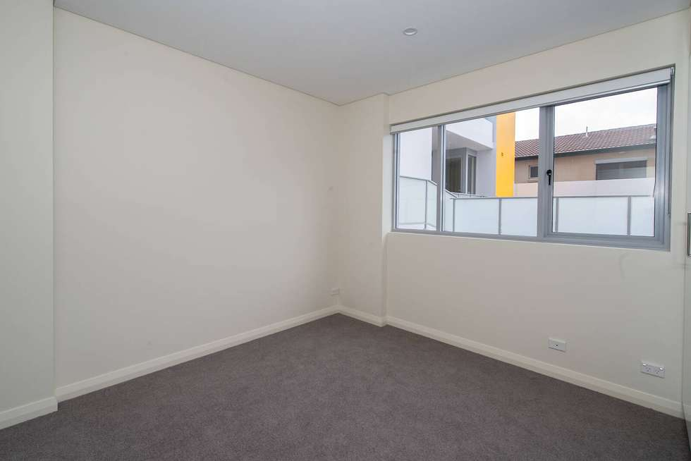 Third view of Homely apartment listing, 36/2a Duke Street, Kensington NSW 2033