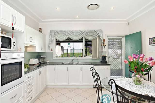 124 Meadows Road, Mount Pritchard NSW 2170