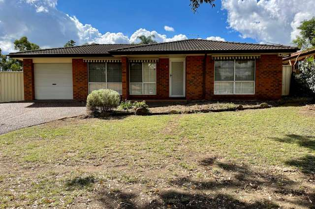 4 Goddard Crescent, Quakers Hill NSW 2763