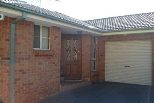 12 Pendle Way, Pendle Hill NSW 2145