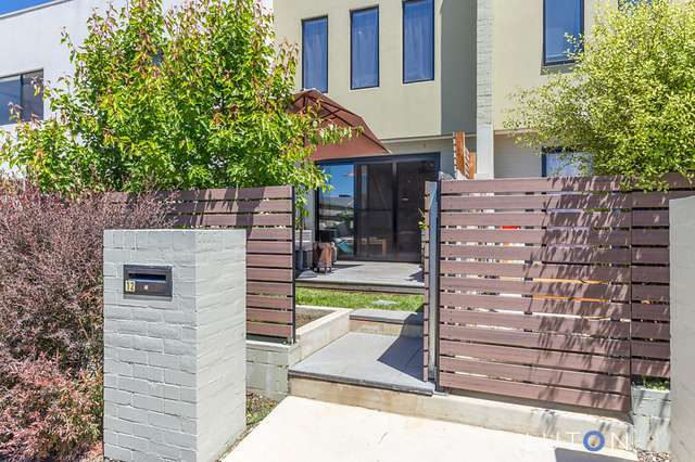 12 Quealy Street, Casey ACT 2913