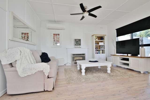 12 Henderson Street, Bathurst NSW 2795