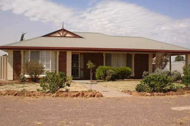 2 Woodroffe Court, Port Augusta West SA 5700