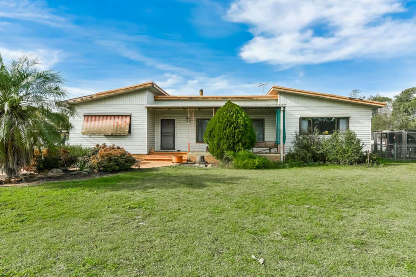 Main view of Homely acreageSemiRural listing, 85 King Street, Rossmore NSW 2557
