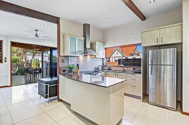 145 Prince Edward Pde, Scarborough QLD 4020