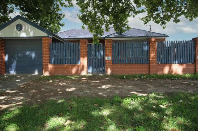 80 Havannah Street, Bathurst NSW 2795