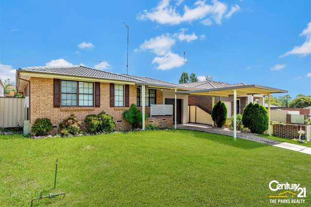 7 Faust Glen, St Clair NSW 2759