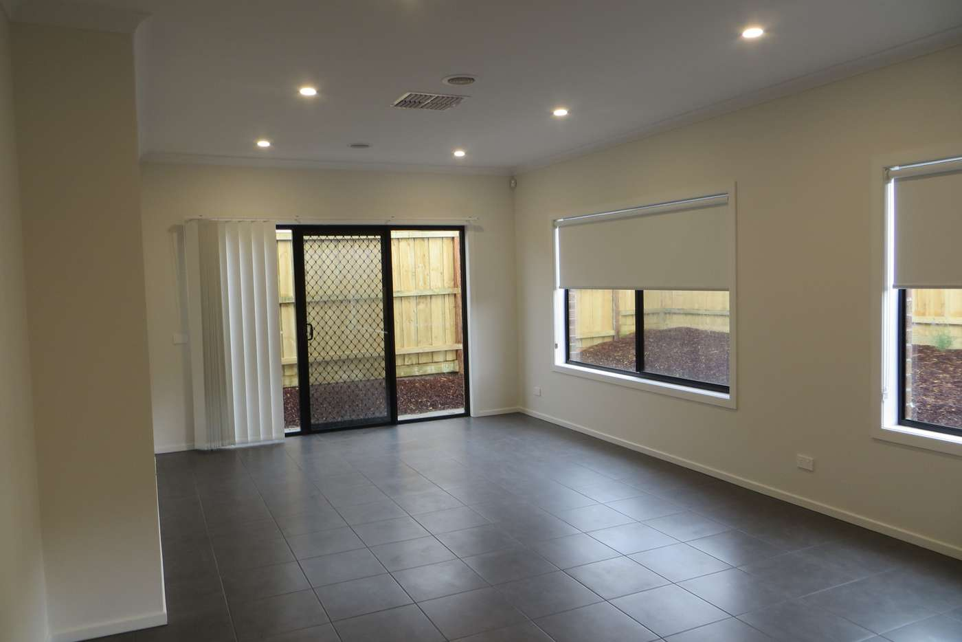 Sixth view of Homely house listing, 4 Cottongrass Avenue, Clyde North VIC 3978
