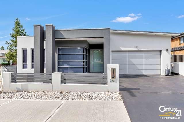 51 Jenkinson Drive, Elizabeth Hills NSW 2171
